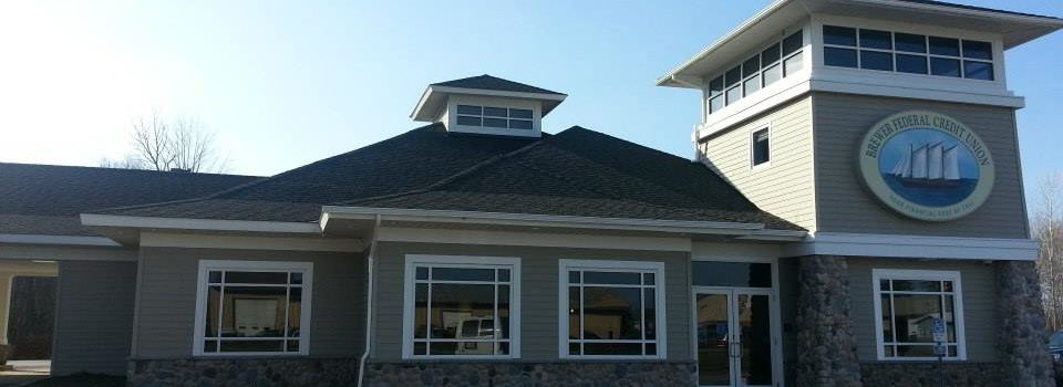 photo of exterior of brewer federal credit union
